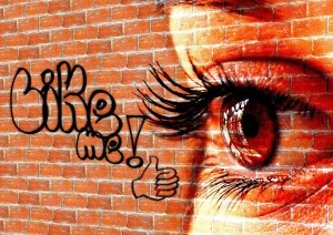Like Me with eye Pixabay.com